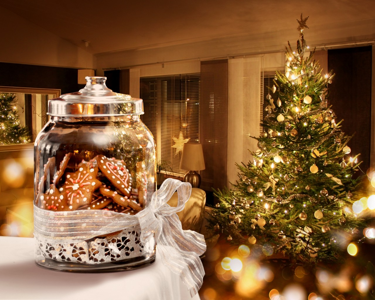Christmas Tree and Sweets