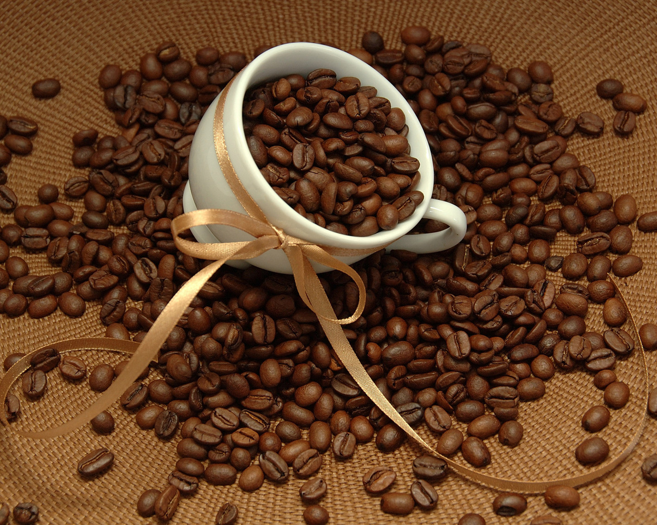 deluxe-coffee-beans