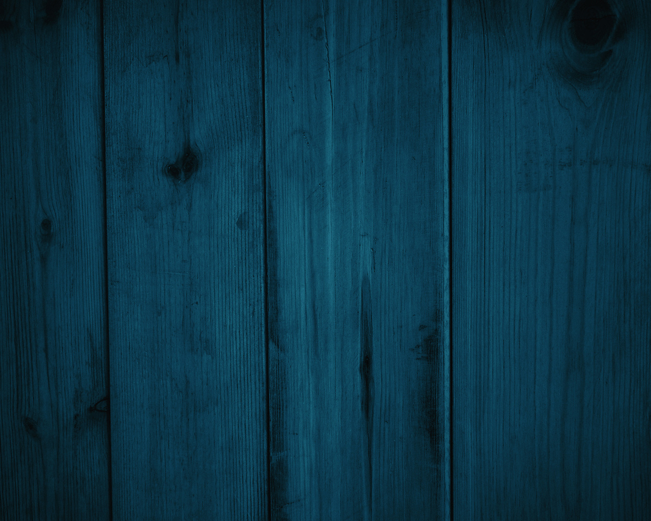 blue-and-green-wood