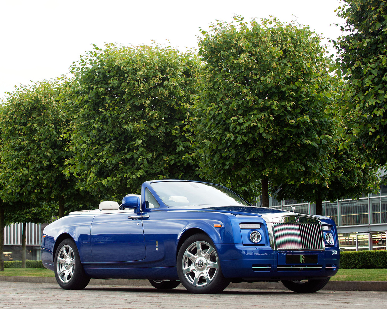 Rolls Royce Phantom Bespoke Drophead Coupe