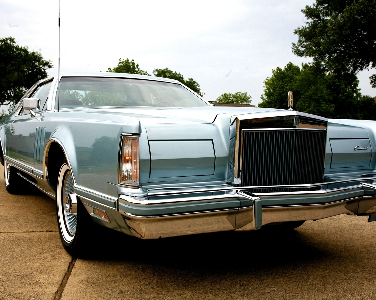 Old Lincoln Continental