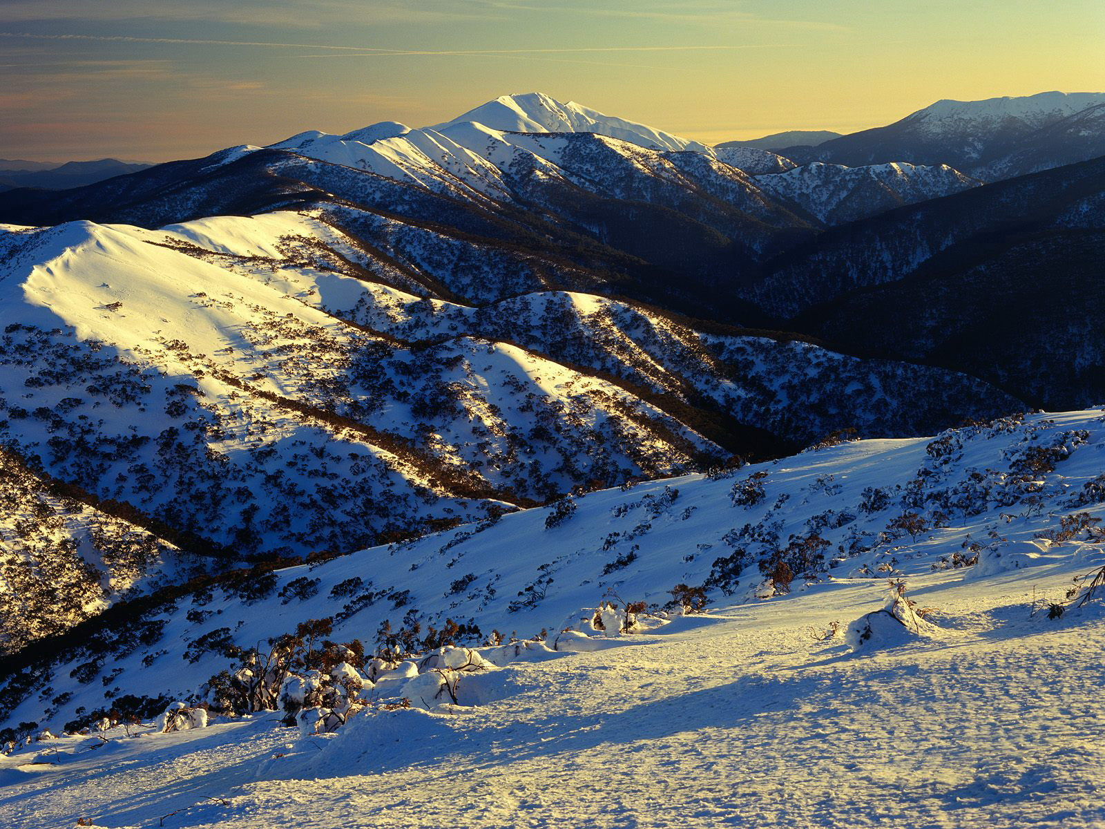 Sunrise on Mount Feathertop