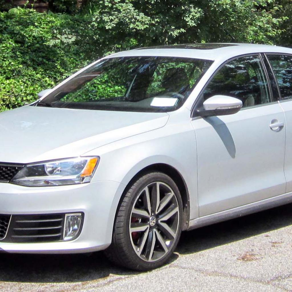 drives first sale uk car for review drive volkswagen se vw jetta tdi